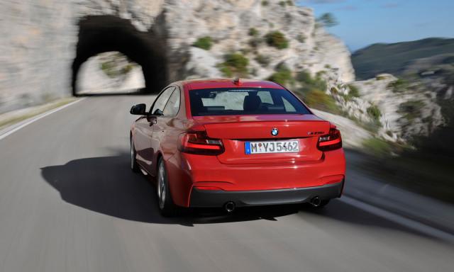 BMW 2 Coupé 28