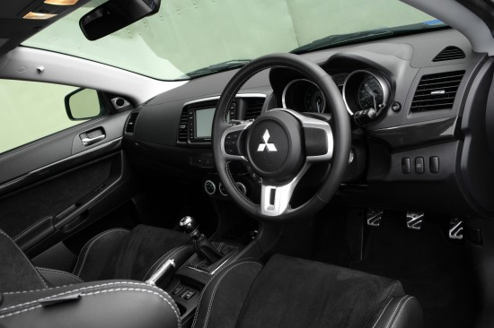 Mitsubishi Lancer Evolution X FQ-400 Interior